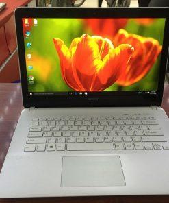 Laptop Sony SVF142